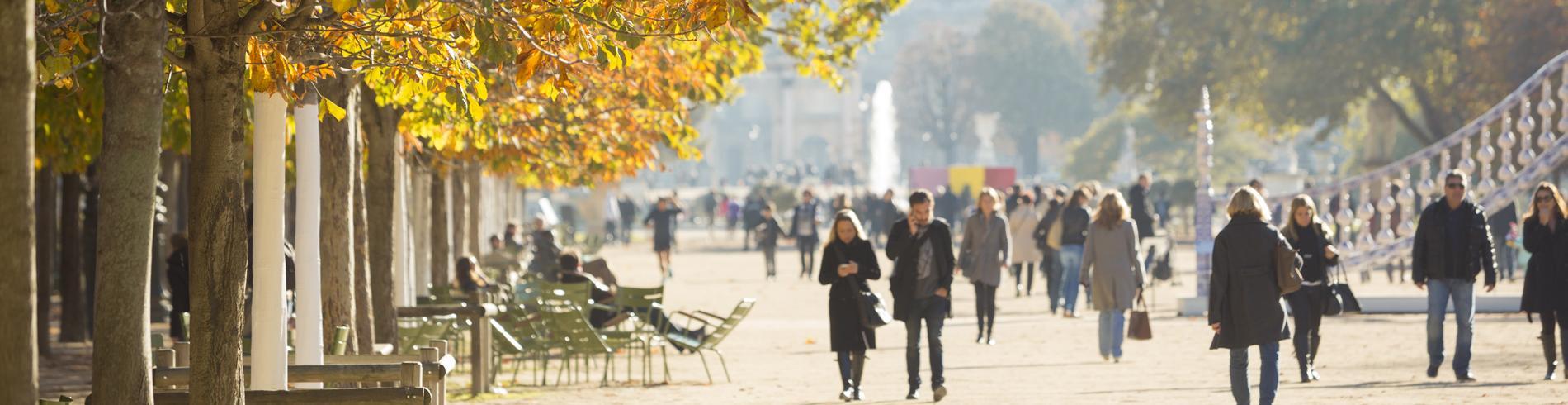 Paris in autumn, walking in the park