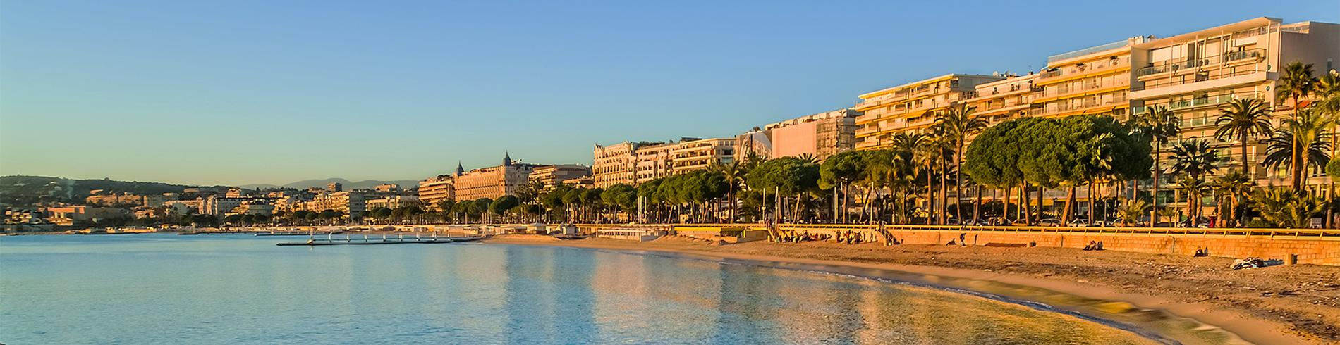Trains to Antibes