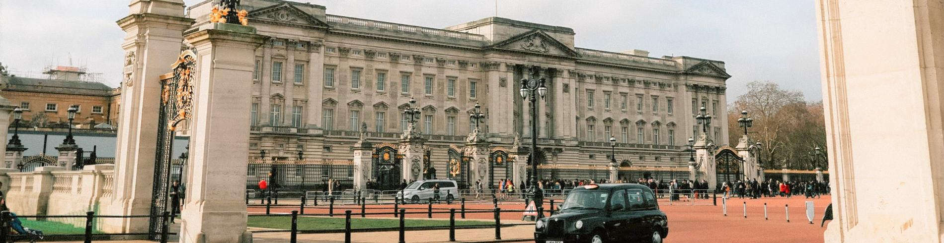 Buckingham Palace and Black Cab