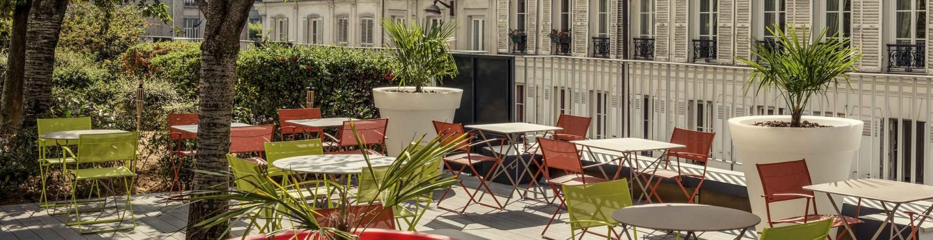 The terrace at the Mercure Montmartre hotel