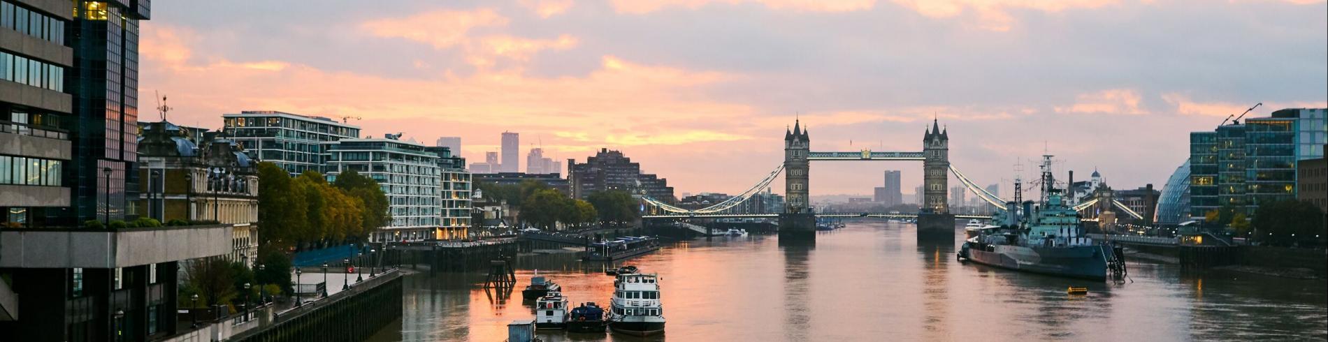 Tower Bridge au petit matin