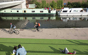 London Granary Square Canal