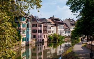 Pretty, coulourful houses in the petit France district of Strasbourg