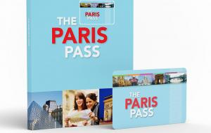 Paris Pass card and book
