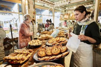 Interior view of the bakery Du Pain et des Idees