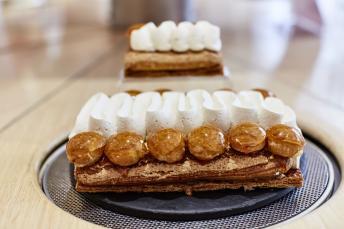 Cream cakes from Patisserie des Reves