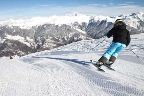Skier on the slopes at La Tania