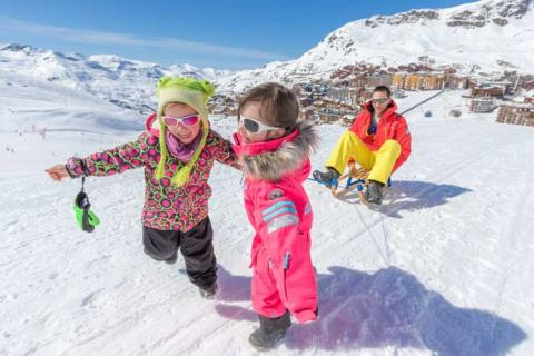 Children playing on the Val Thorens slopes