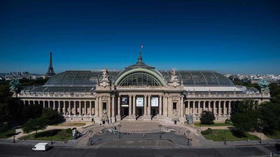 View of the Grand Palais in the sun